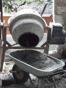 Как сделать бетон с помощью бетономешалки
