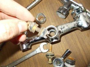 золотниковый переключатель с резиновыми кольцами