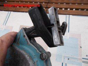 Закрепление троса в рукоятке стартера